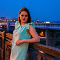 вечерние прогулки по мосту не заставили себя долго ждать :: Света Кондрашова