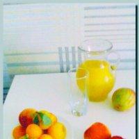 фрукты.  сок.  лето. :: Ivana