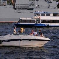 Приятный летний вечер на воде.. :: tipchik