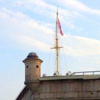 Флагшток на Нарышкином бастионе :: Валерий Новиков