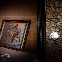 интерьерная фотография для ресторана, картина со светильником :: Aleksandr Zabolotnyi