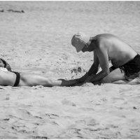 Вот такие пляжные раскопки .... :: Игорь Абламейко