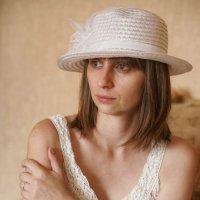 Дама в шляпе :: Андрей Майоров