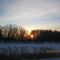 Утро на зимнем озере :: марина ковшова