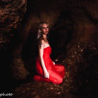 в пещере :: tess kogan
