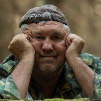 В лесу.. Медведя еще не увидел..) :: Ирина Малышева