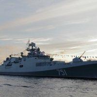 """СКР(фрегат) """"Адмирал Эссен"""". :: Анатолий Кушнер"""