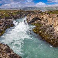Iceland 07-2016 Рядом с Годафосом :: Arturs Ancans