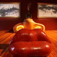Музей Дали в Фигерасе — воплощенный сюрреализм. :: Карен Мкртчян