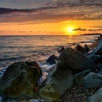 Закат на Черноморском побережье :: Юрий Бичеров
