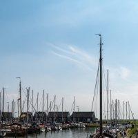 В порту острова Маркен :: Witalij Loewin