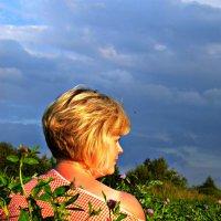 На фоне облаков :: Шура Еремеева