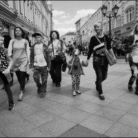 Веселая улица :: Василий Чекорин
