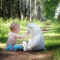 Малыш и медведь :: Евгения Вереина