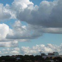 Облака над городом :: татьяна