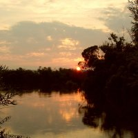 Закат на реке Кан. :: nadyasilyuk Вознюк
