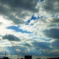 Небо над городом :: татьяна