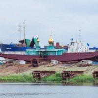Плавучая церковь г.Волжский :: Ольга Кучаева
