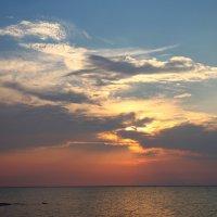 Закат солнца над Сивашом (Крым) :: Леонид Дудко