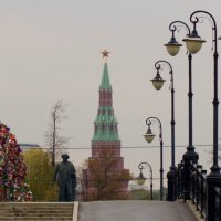 ожидание у кремля :: Дмитрий Паченков