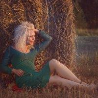 Летний вечер, чарующий закат.... и очаровательная Алена! :: Viktoria Lashuk