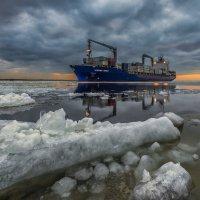 В нашу гавань :: Владимир Колесников