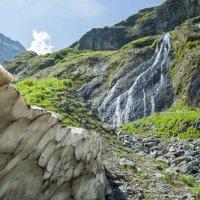 Суфруджинский водопад. Домбай :: Евгений Khripp