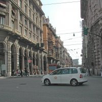 Пьяцца Феррари в Генуи :: Tata Wolf