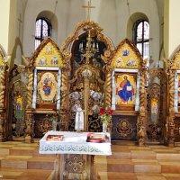 У церкві :: Степан Карачко