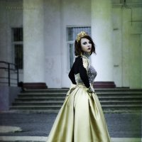 Золотая королева :: olga Glinskaya
