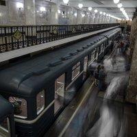 Призраки метро :: Дак9 -