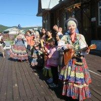 Встреча гостей, порт Байкал :: Татьяна Нижаде