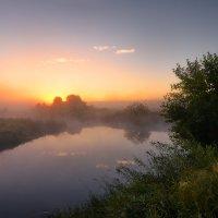 Неспешный августа рассвет... :: Roman Lunin