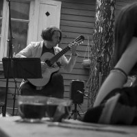 И плачут волшебные струны. :: Яков Реймер