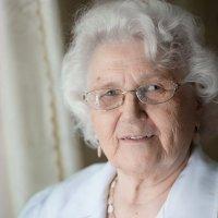 Бабушка :: Лия Таракина