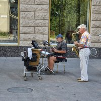 Уличный оркестр :: Валерий Кабаков