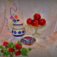 Яблоки и именной чайник :: Наталия Лыкова