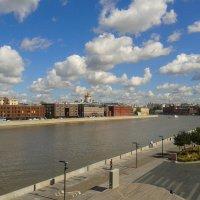Облака над Москвой :: Мила