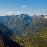 Far away - Geirangerfjord :: Roman Ilnytskyi