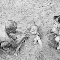игры в песке :: Юля Ларина