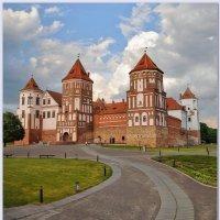Дорожка в замок :: Vadim WadimS67