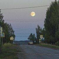 Луна в дозоре :: Валерий Симонов