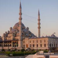 Мечеть Рюстем Паша :: Олег