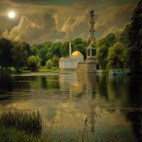 Луна загадочно сияет, но душу нам не открывает..... :: Tatiana Markova