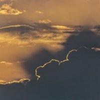Закатный контур...... :: Олег Стасенко