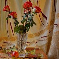 Яблоко и розы :: Валентина Папилова