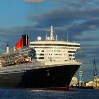 Queen Mary 2 Hamilton :: Nina Yudicheva