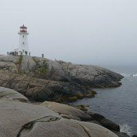 Маяк в тумане (Peggy Cove, Nova Scotia, Canada) :: Юрий Поляков