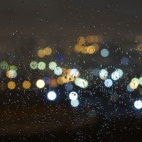 за окном дождь :: Эдуард Куклин