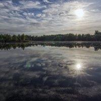 Рассвет над озером :: Vladimir